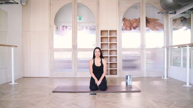 29 Mins - Yoga Flow - Yoga Bricks