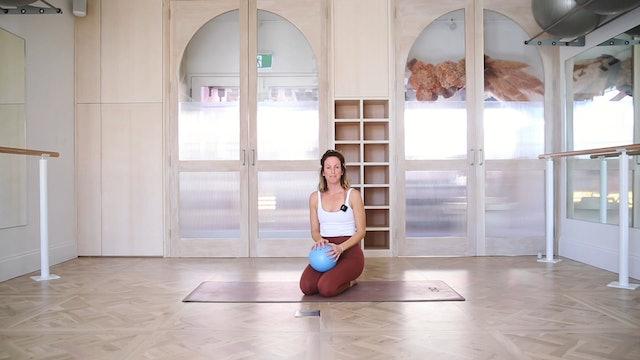 14 mins - Core - Pilates Ball (Postnatal)