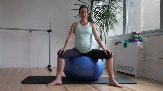 12 Mins - Stretch - Physio Ball (Pren...