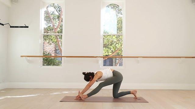 17 mins - Yoga Flow - No Props (Pren...