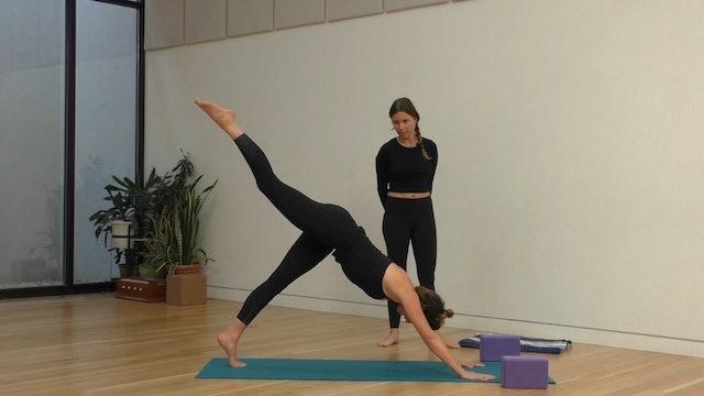 17 Mins - Full Body - Yoga Flow - Blocks (Postnatal)