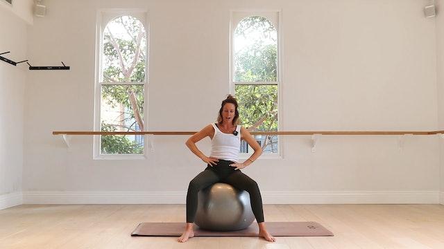 10 Mins - Stretch - Yoga Ball (Prenatal)