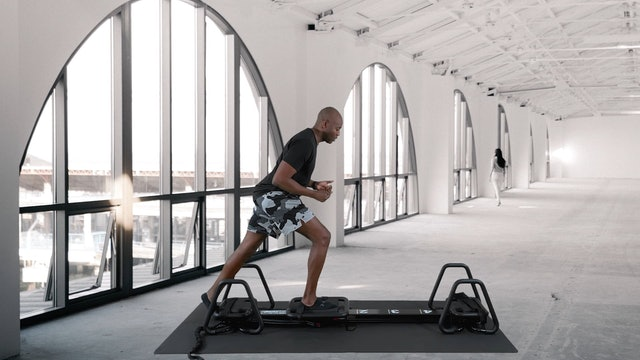 Let's learn with booster. Hamstrings and Escalator Lunge