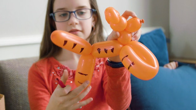 Balloon Creations With Kate