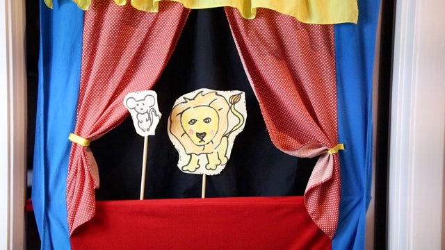 Puppet Show Lion and the Mouse
