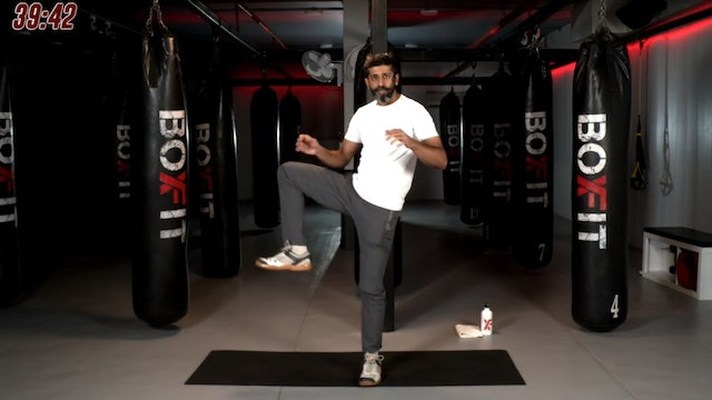 Sat 26/09 6pm IST | Kickboxing and Cardio with Sameer |