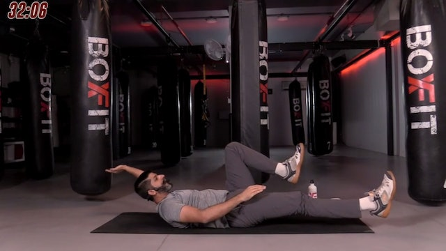 Sat 17/10 6pm  IST | Kickboxing and Cardio with Sameer |