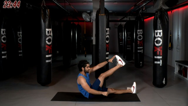 Mon 19/10 7pm  IST | Abs and Cardio with Akhil |