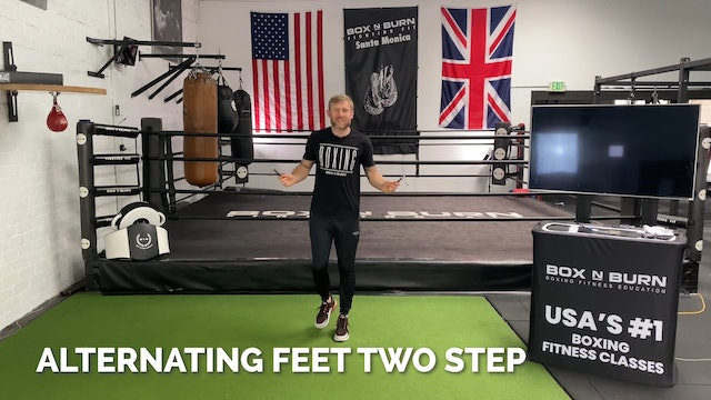 How To Jump Rope - Alternating Feet (Two Step) | Tony