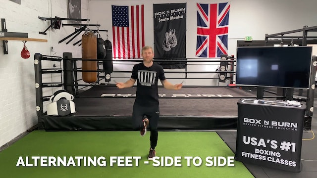 How To Jump Rope - Alternating Feet (Side to Side) | Tony