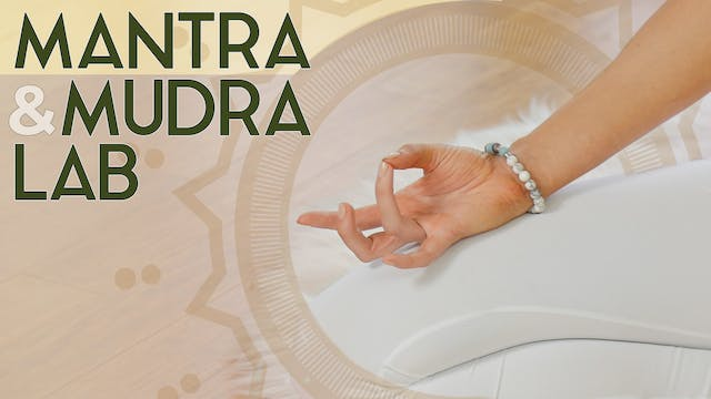 Mantras and Mudras for Pregnancy (5 min) - Tutorial
