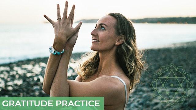 [NEW] Gratitude Practice Vinyasa Flow - 12 mins