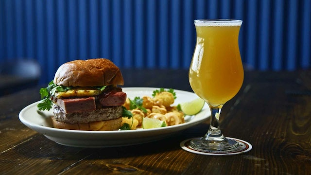 Burgers and Beers: Cinnamon Prost Crunch