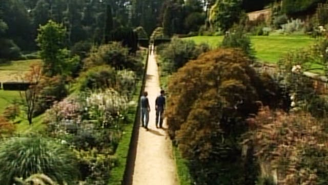 Gardens of The National Trust - Volume 3