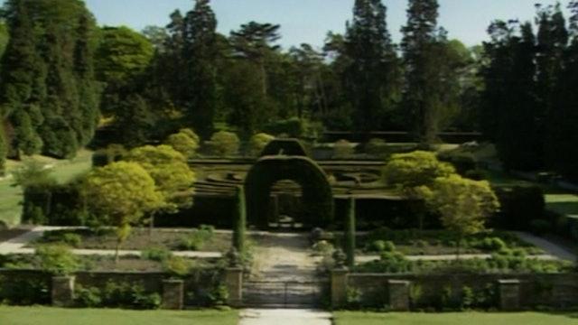 Treasure Gardens of England