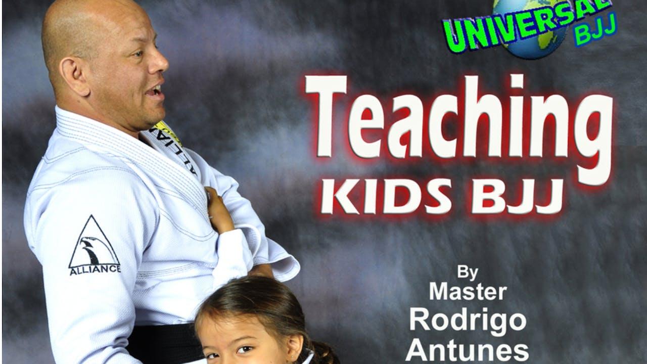 Teaching Kids BJJ by Rodrigo Antunes