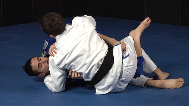 111 Half Guard Techniques Vol 1 Getting Out of Bad Spots by Caio Terra - Japanese