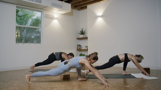 Yoga - Hips + Hamstrings with Jamie