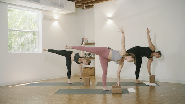 Yoga - Soul Flow with Marley