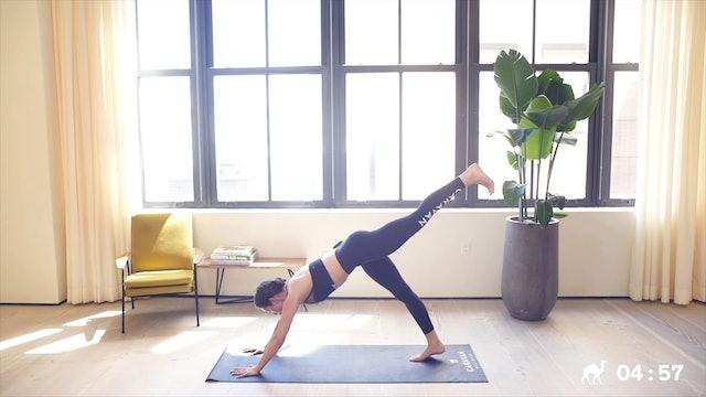 10 Min Yoga Sculpt