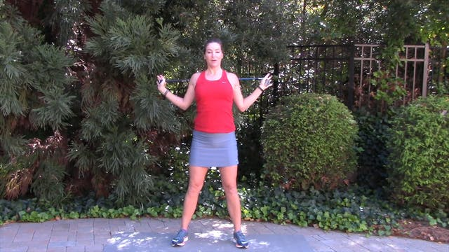 1-minute Shoulder Stretch with Golf Club