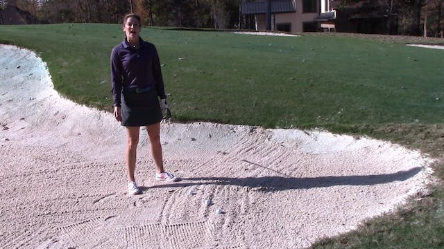 2:13 How to Hit a Basic Sand Shot