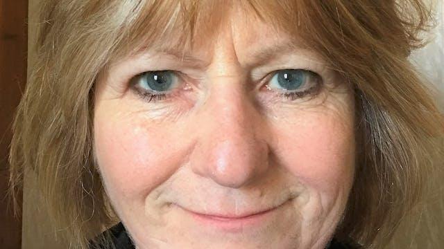 16th June (P4-P7) Jeanette McCartney-The Bravest Hen in the Highlands (Gaelic)