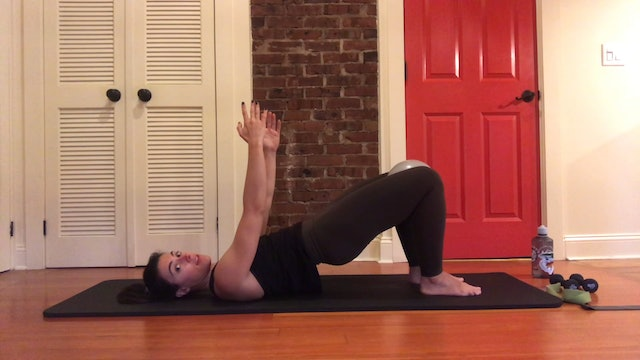 30-Minute Mat Workout for Irish Dancers by Alex!