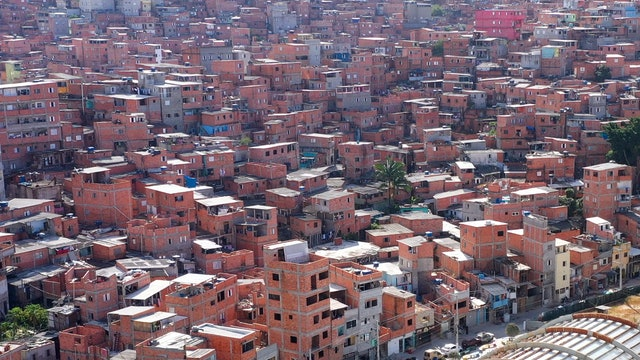 Brazil Favelas Create Their Own Banking System
