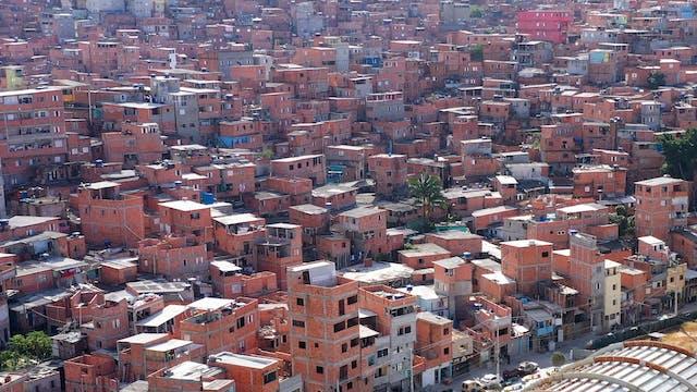 Brazil Favelas Create Their Own Banki...