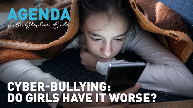 DEPRESSION LINKED TO SOCIAL MEDIA TWICE AS HIGH AMONG GIRLS - The Agenda