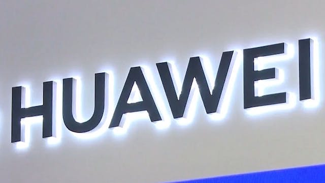 Huawei banned from US government cont...