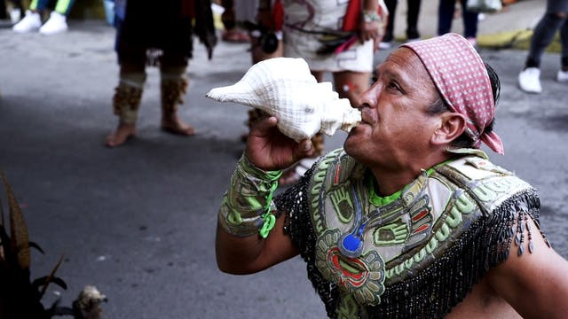 Mexico's Native Tongues Struggle to S...