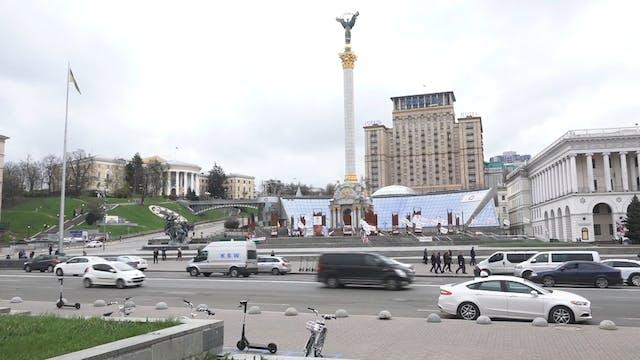 Ukraine's postal service adapts to su...