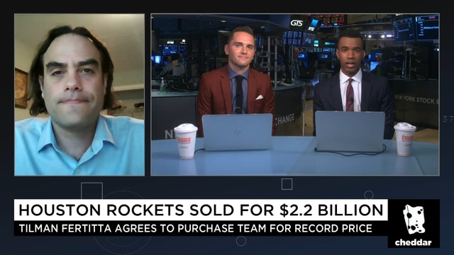 Tilman Fertitta Agrees to Buy NBA's H...