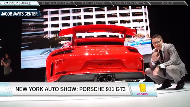 Step Inside the 2018 Porsche 911 GT3