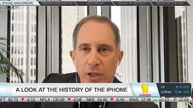 Fortune's Adam Lashinsky on Apple's 1...