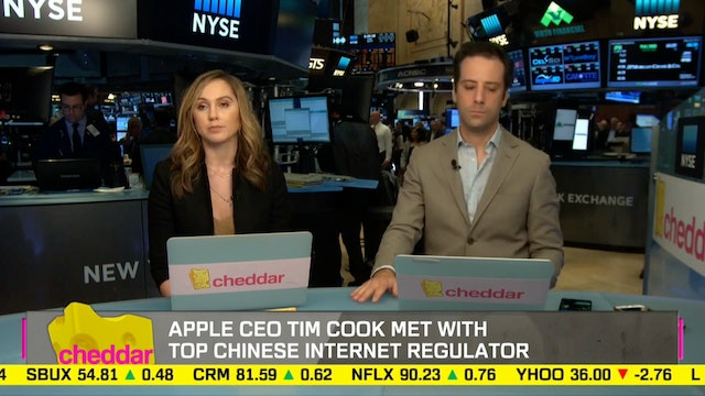 Top News: Tim Cook meets with China's...