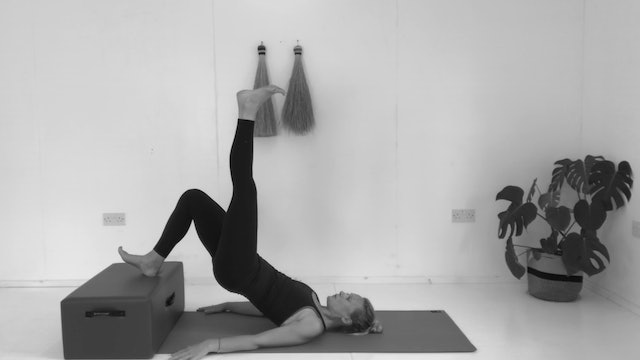 PILATES WITH A CHAIR/BENCH