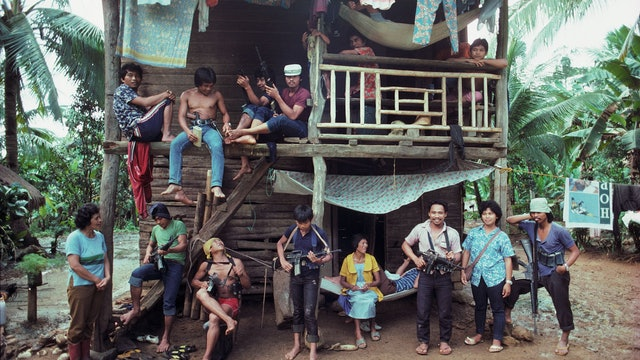 A Rustling of Leaves: Inside Philippine Revolution