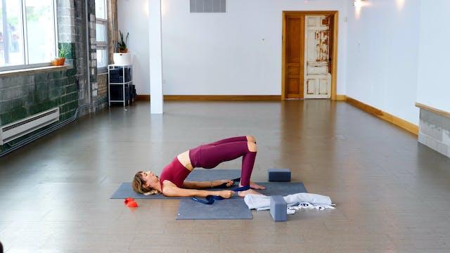 Prenatal: Glute Strength + Stability ...