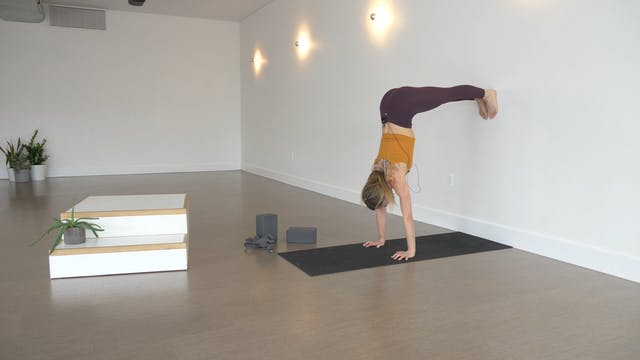 Pose Breakdown: Handstand Arm Engagem...