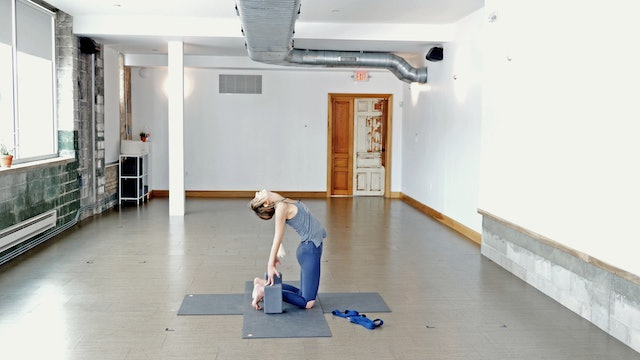 Vinyasa: Moving Out Of Frustration with Kacee