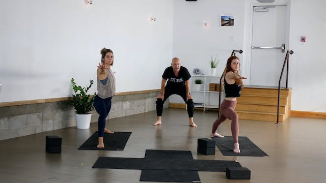 Vinyasa: Working the Quads with Paul