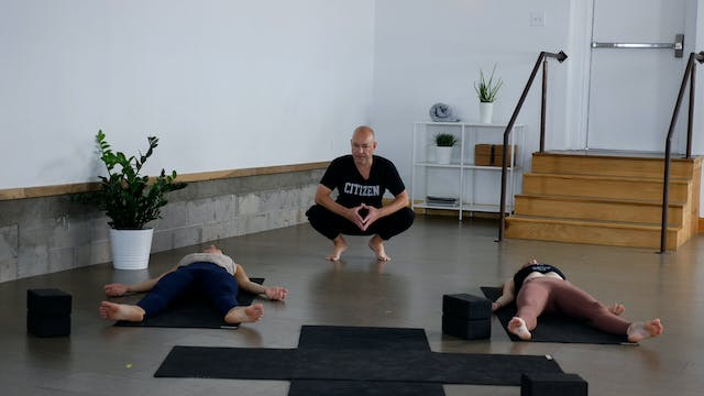 Vinyasa: Full Body Work with Paul