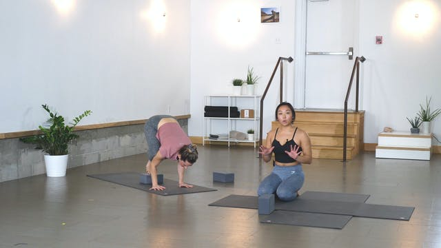 Yoga + Strength: Crow Pose with Han