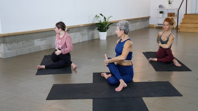 Yoga + Strength: Using Your Glutes with Linda Kay