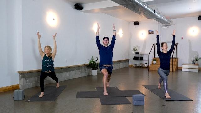 Yoga + Strength: Glutes + Quads with Chris