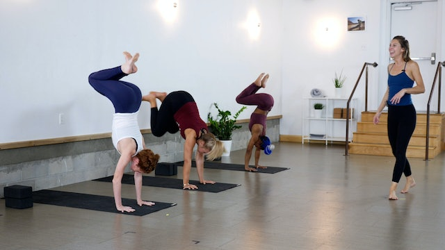 Pose Breakdown: 10 Minutes a Day to Handstand with Alice Day Six