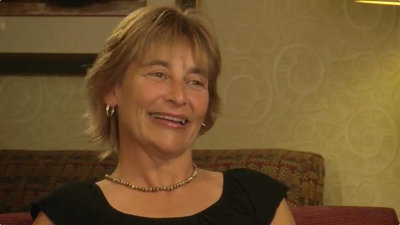 Class Dismissed - Extended Interview with Linda Dobson